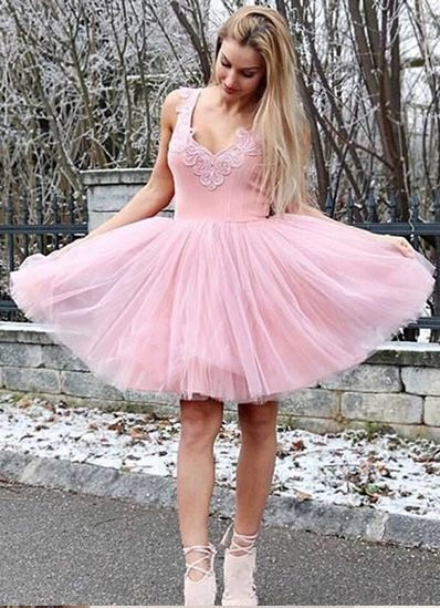 Knee Length V-neckline Pink Homecoming Dress - daisystyledress
