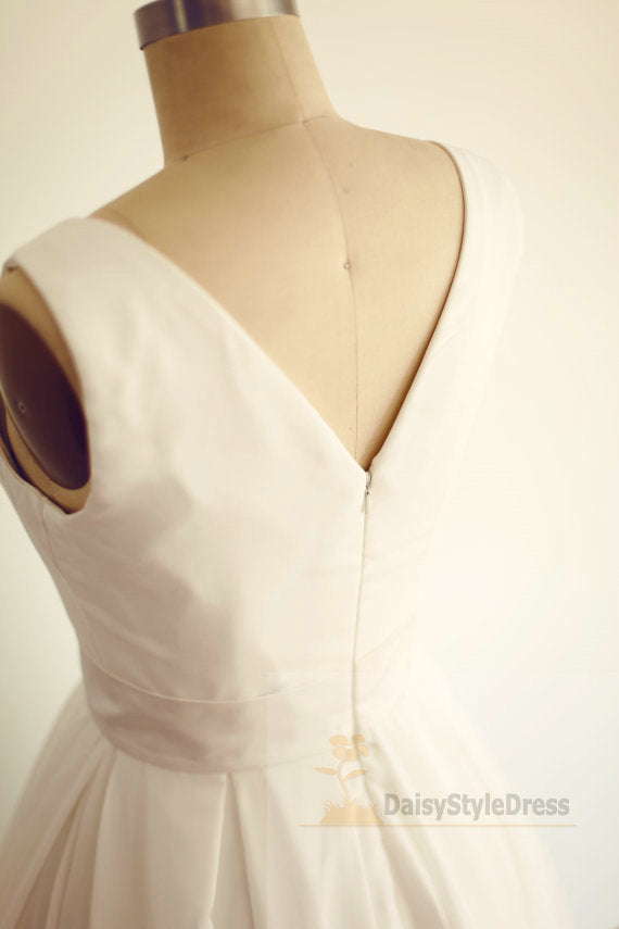 Simple Short Vintage Wedding Dress - daisystyledress
