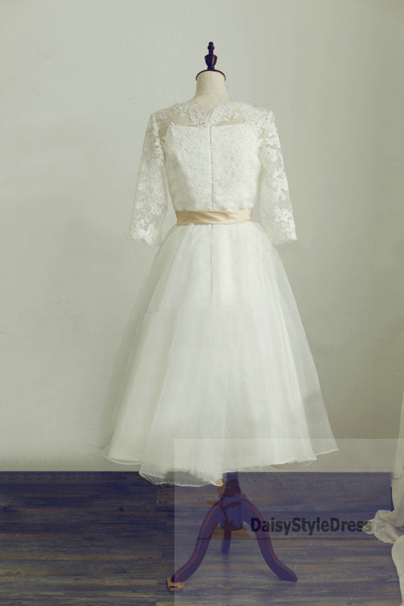 Tea Length Half Sleeves Vintage Lace Wedding Dress - daisystyledress