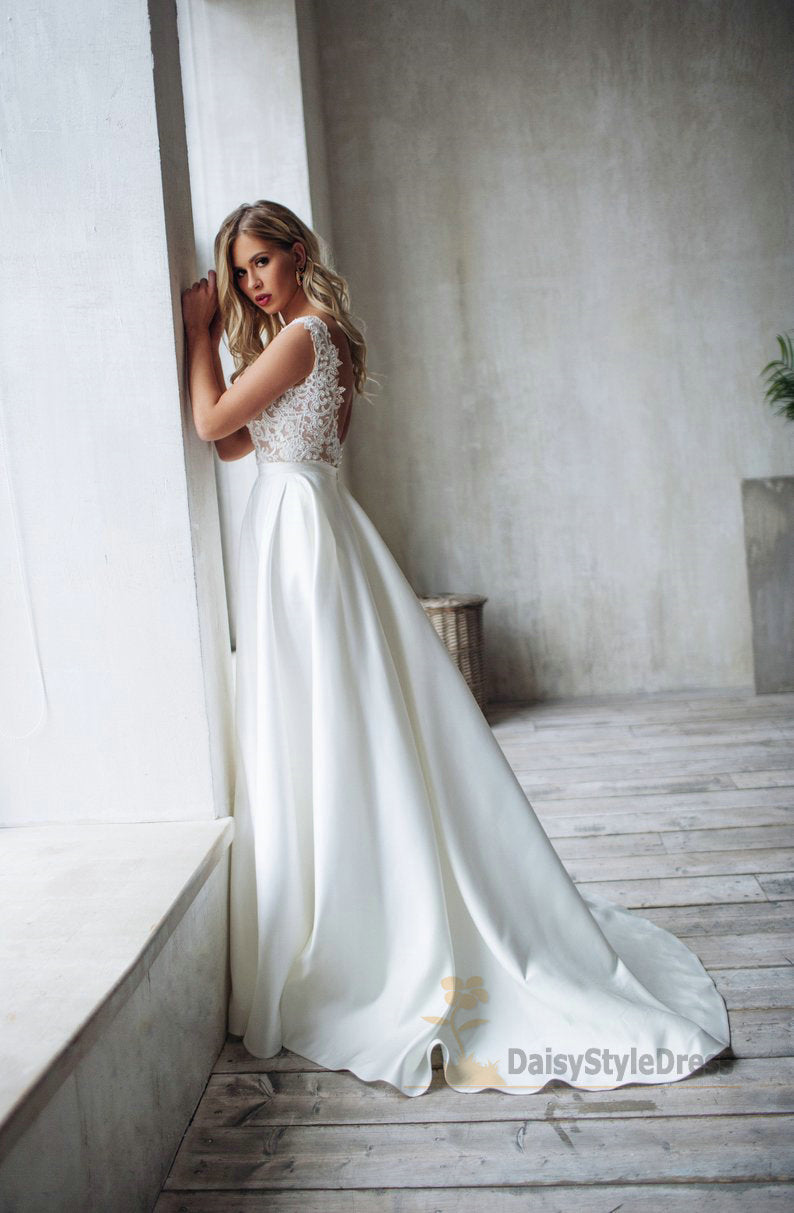 V-neckline Lace Wedding Dress