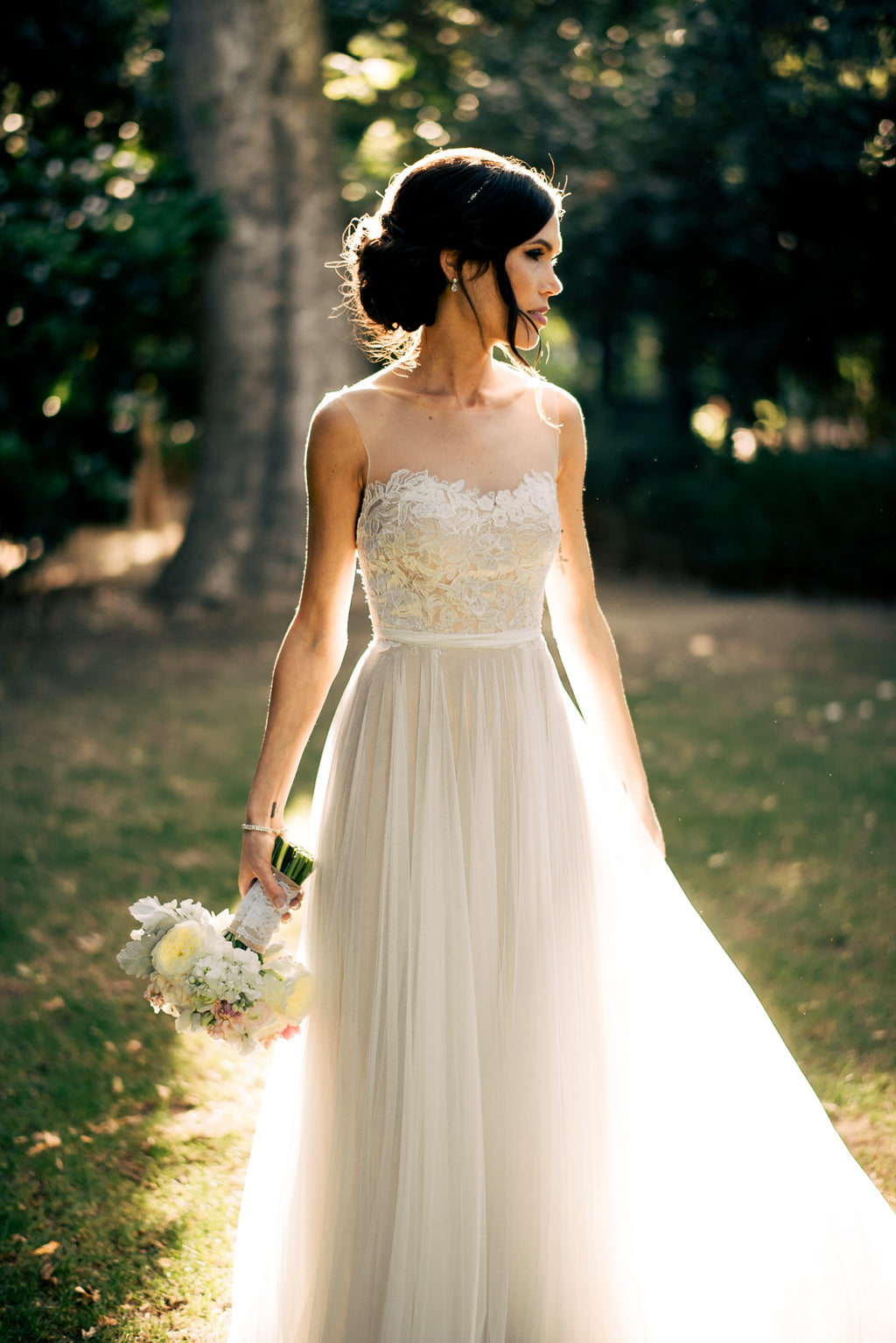 Romantic Open Back Tulle and Lace Wedding Dress - daisystyledress