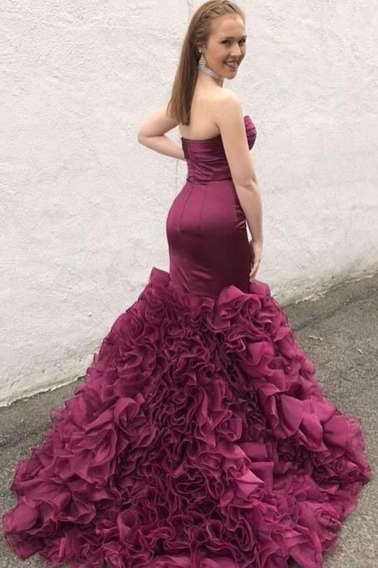 Mermaid Tiered Skirt Prom Dress - daisystyledress