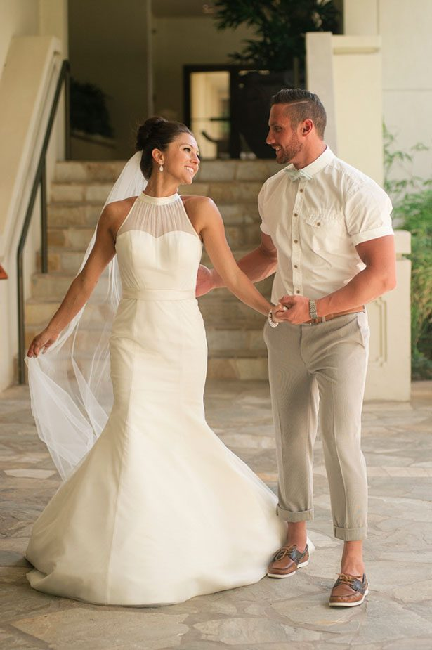Mermaid Halter Neckline Wedding Dress - daisystyledress