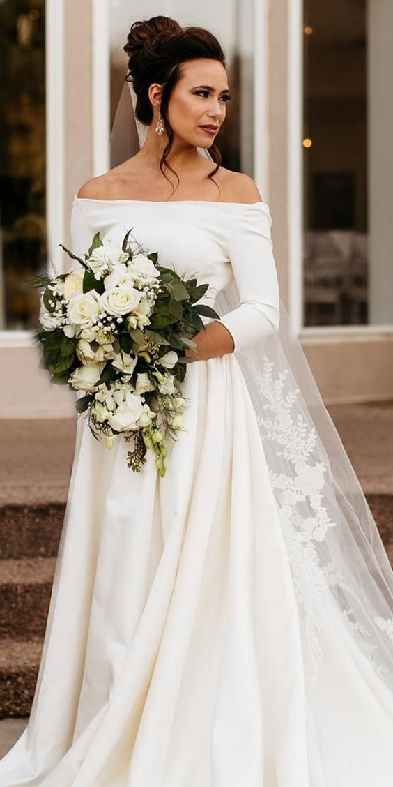 Elegant Off Shoulder Long Sleeve Wedding Dress - daisystyledress