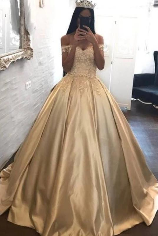Ball Gown Off Shoulder Sleeve Champagne Prom Dress - daisystyledress