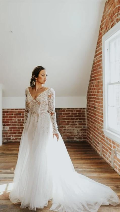 Long Lace Sleeve V-back Wedding Dress - daisystyledress