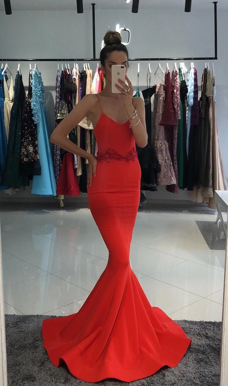 Spaghetti Straps Fitted Red Prom Dress