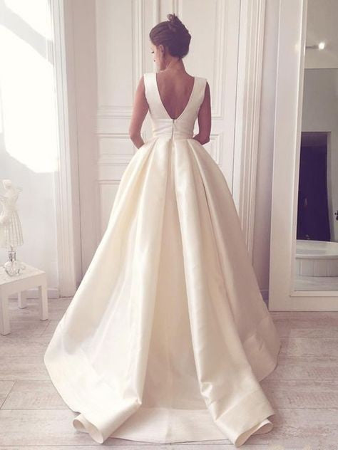 Elegant V-neckline Ivory Wedding Dress with Pocket - daisystyledress