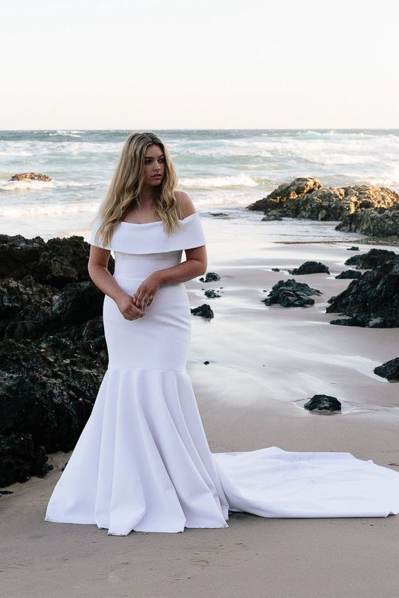 white plus size fit wedding dress