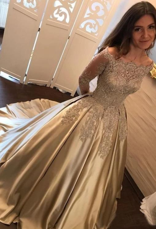 Ball Gown Long Sleeve Lace Champagne Prom Dress - daisystyledress