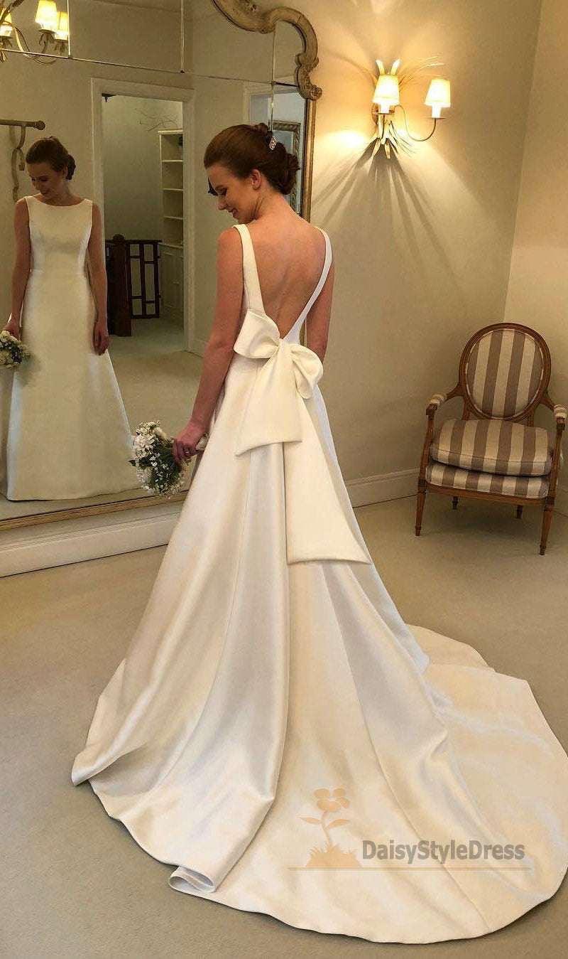 High Quality Satin Sexy Deep V-back Wedding Dress - daisystyledress