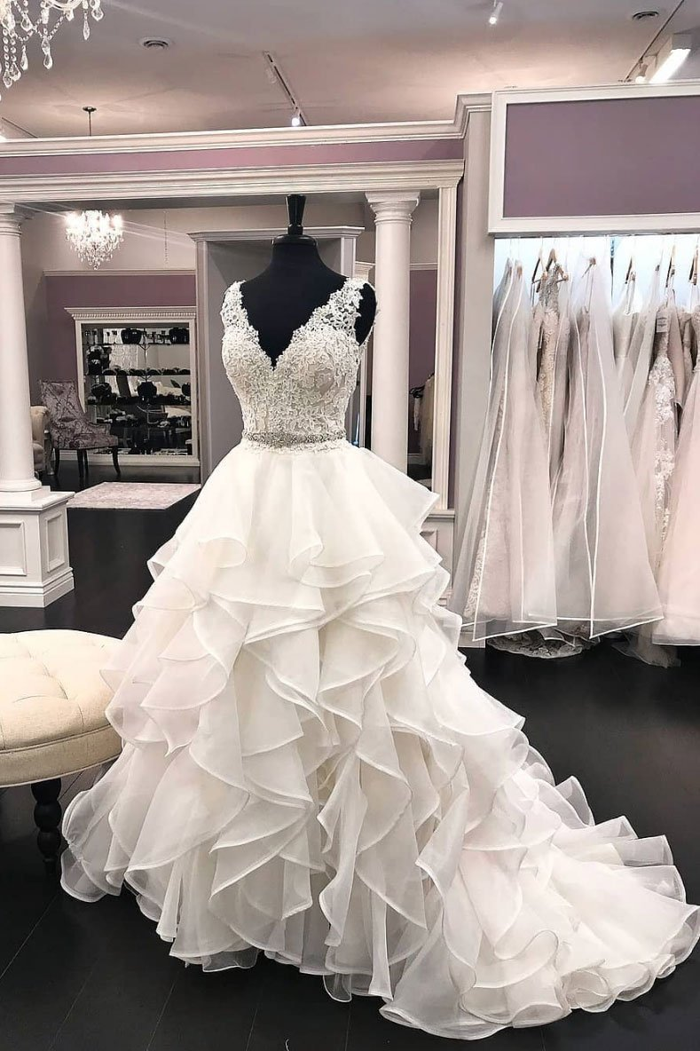 Ball Gown V-neckline Ivory Organza Wedding Dress - daisystyledress