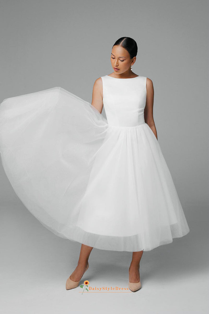boat neckline wedding dress