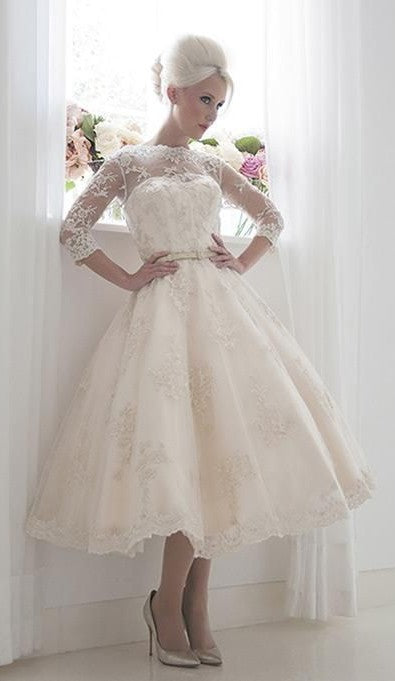 Short Vintage Long Sleeve Lace Wedding Dress - daisystyledress
