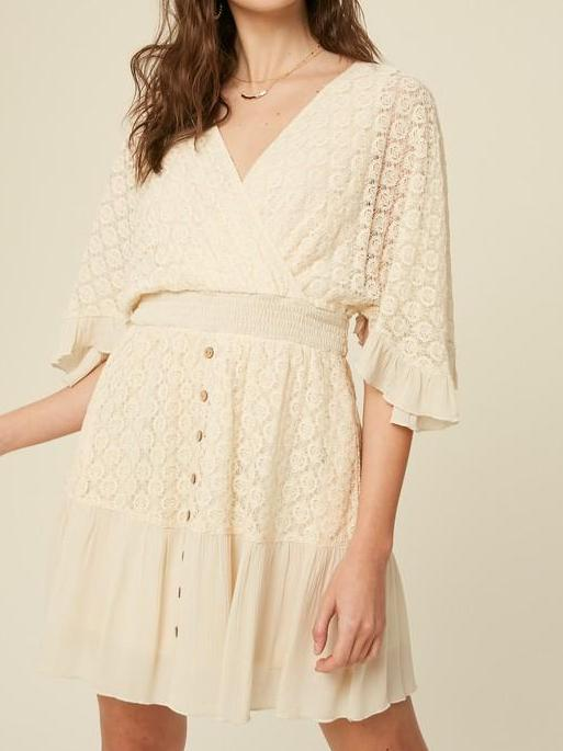 FLUTTER SLEEVE RUFFLE HEM LACE DRESS
