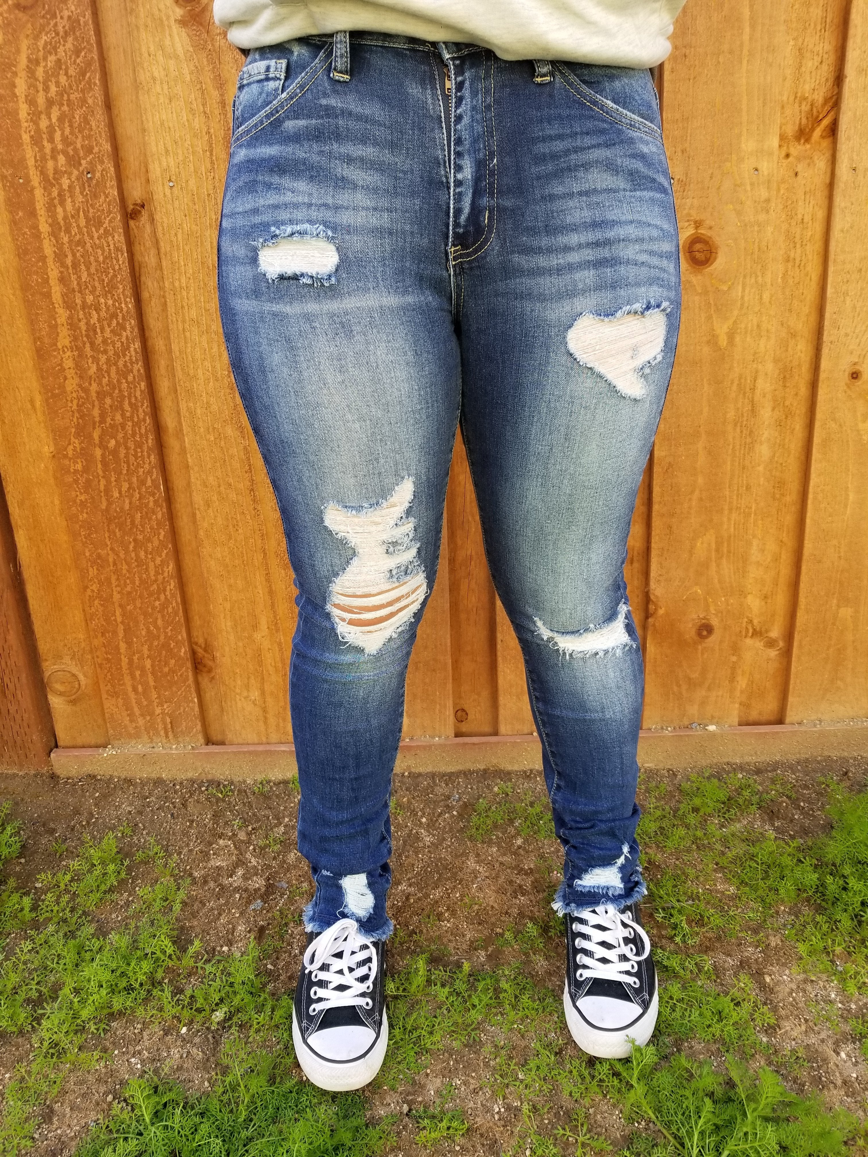 Haydee  Distressed  Jeans