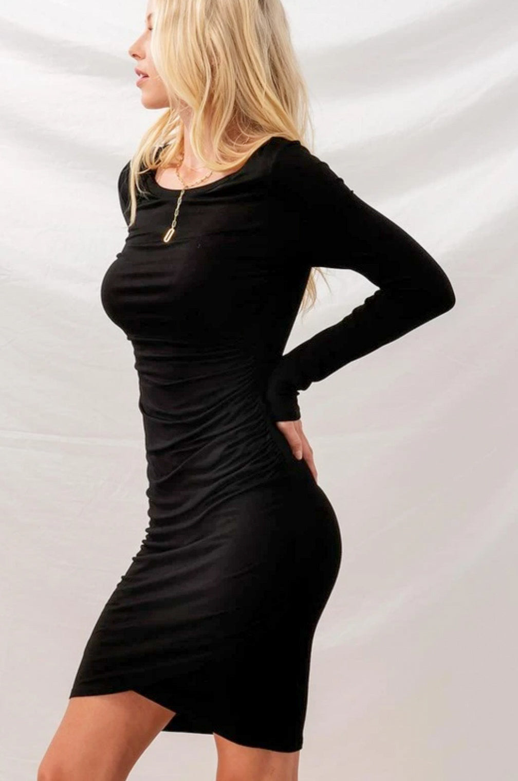 Solid long Sleeve Ruched Body Con Dress-Black