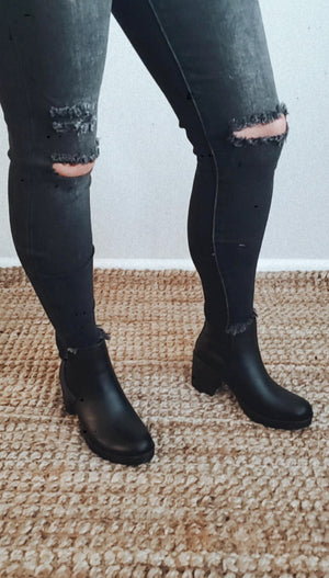 Mirelly Slip On Platform Booties