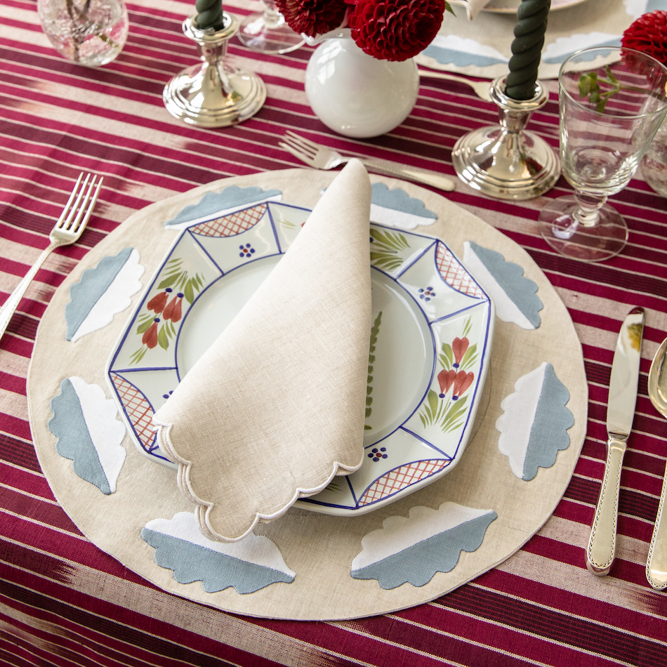 Scallop Embroidered Dinner Napkins, Set of 2