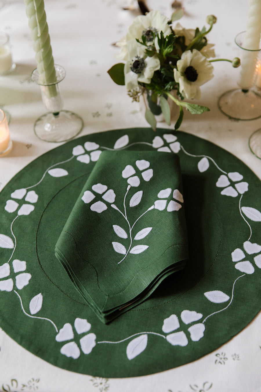Matisse Dinner Napkins, Green & White, Set of 2 - 4 SETS LEFT