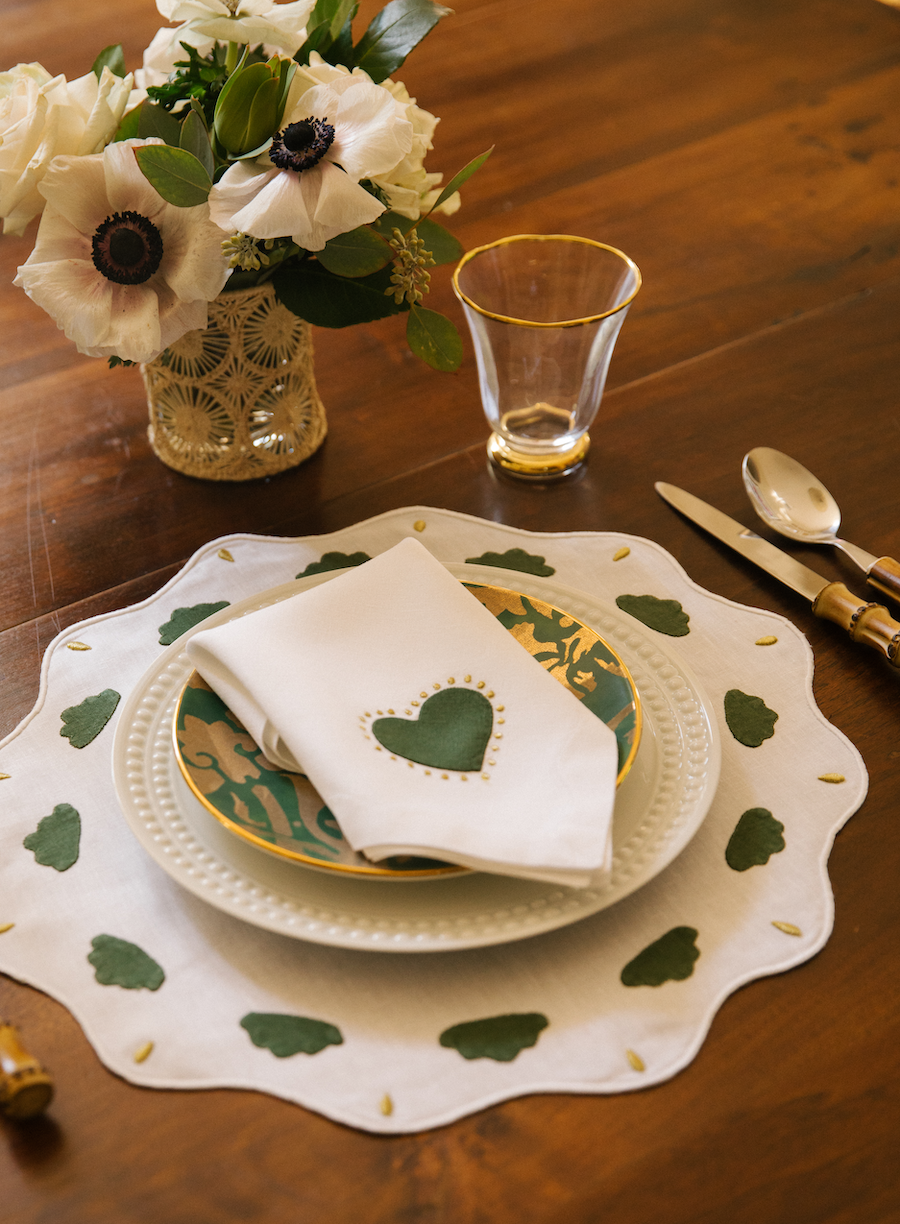 Big Love Dinner Napkins, Holiday Edition, Set of 2