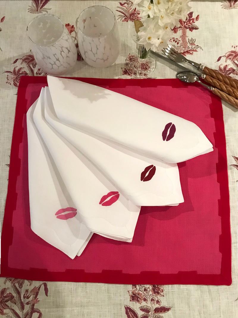 Besos Dinner Napkins, Set of 4