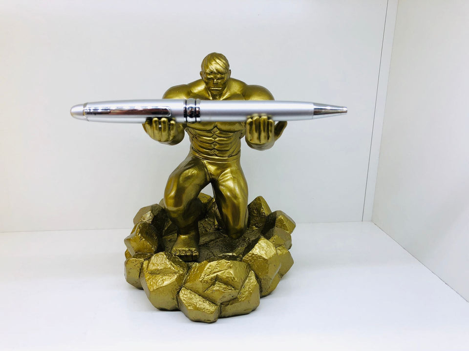 Knight Creative Pen Holder