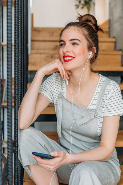 These Are the Best Uplifting Podcasts You Need to Listen to Right Now