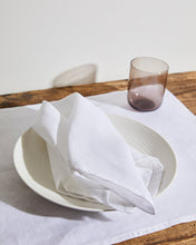 Load image into Gallery viewer, 100% Linen Napkins in White (Set of Four)