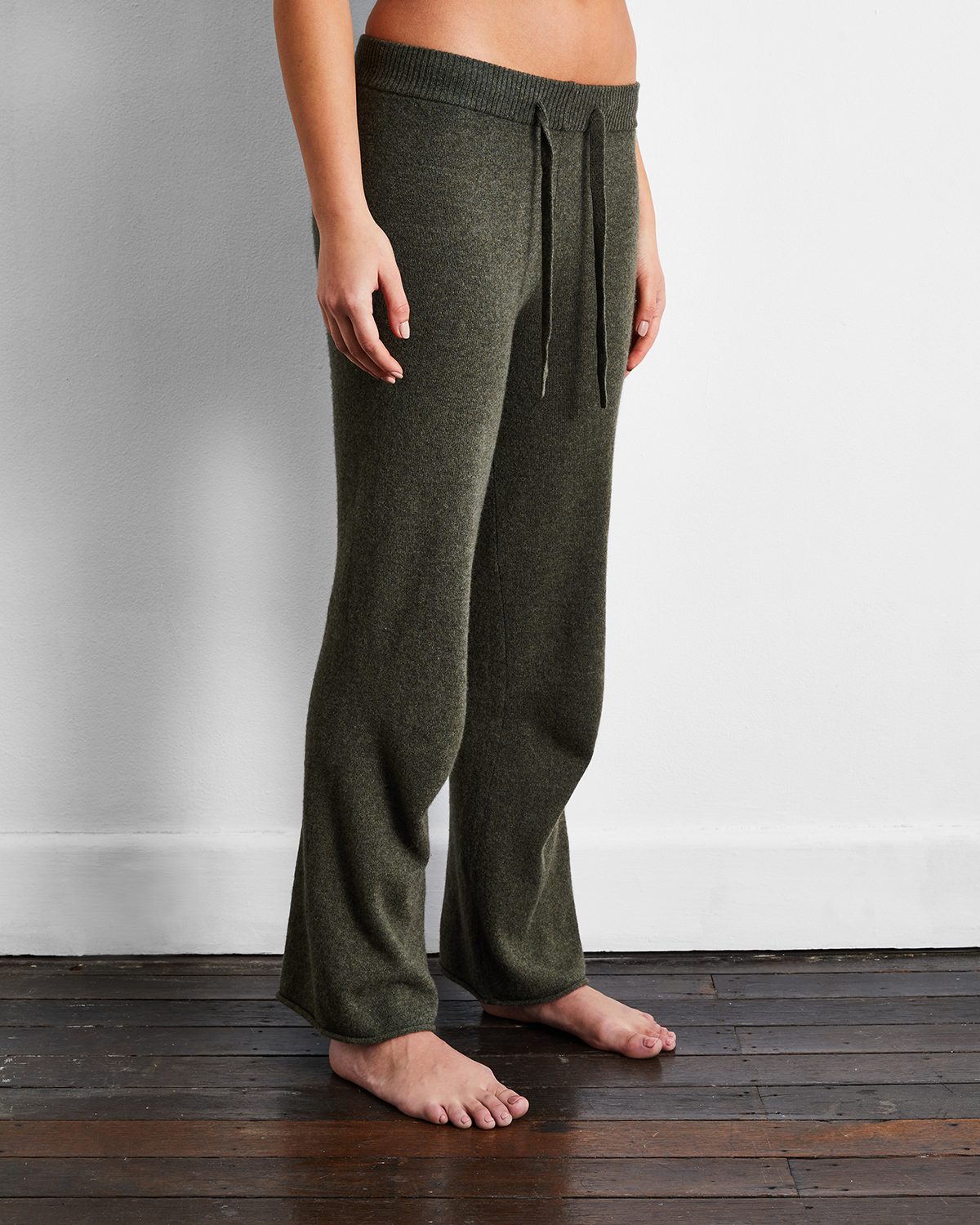 100% Cashmere Pants in Olive