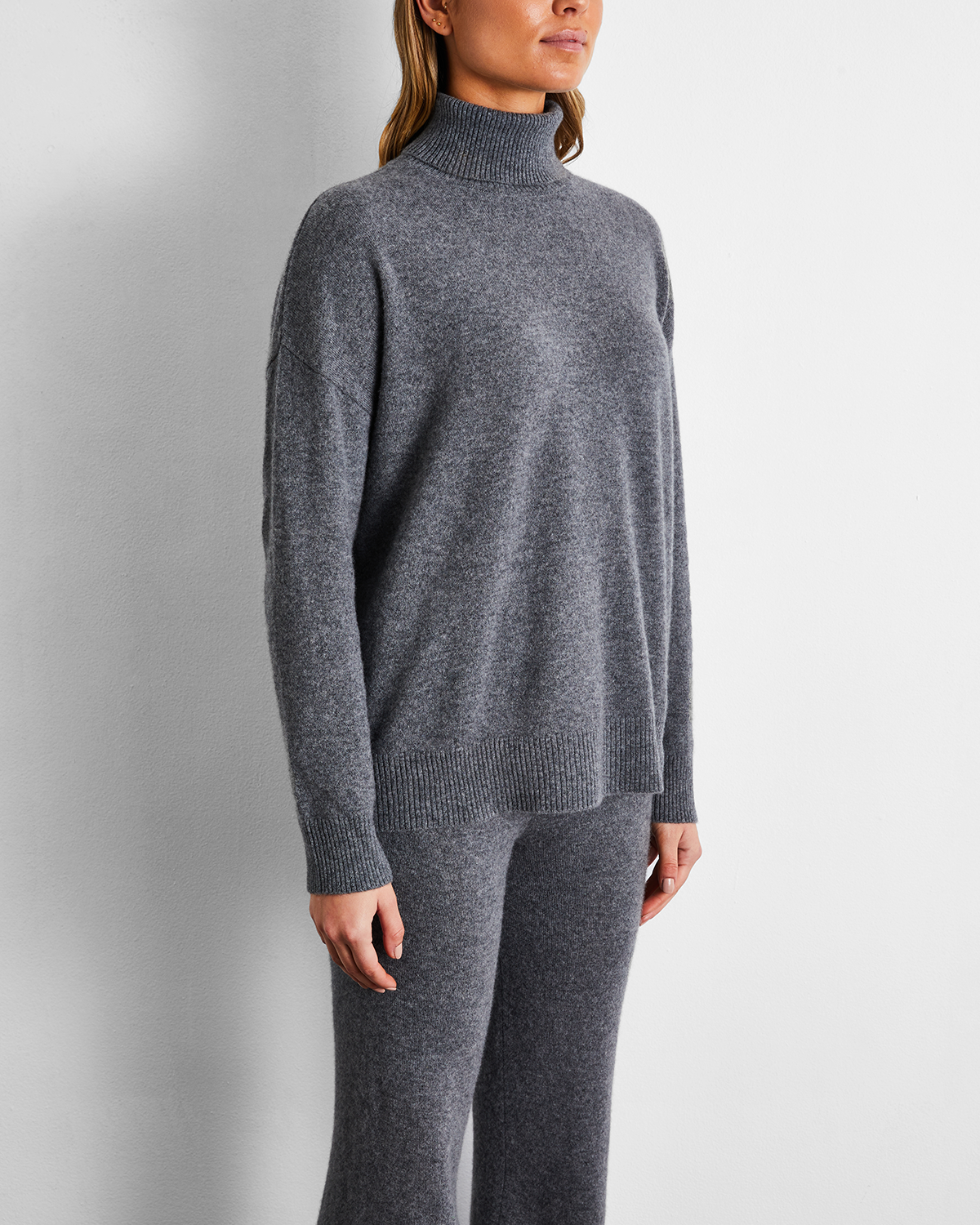 100% Cashmere Sweater in Fog