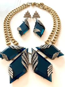 Teal Art Deco Cocktail Jewelry Set, Mesmerizing Sea Blue Lucite & ICE Rhinestones Choker and Deco Dangle Statement Earrings