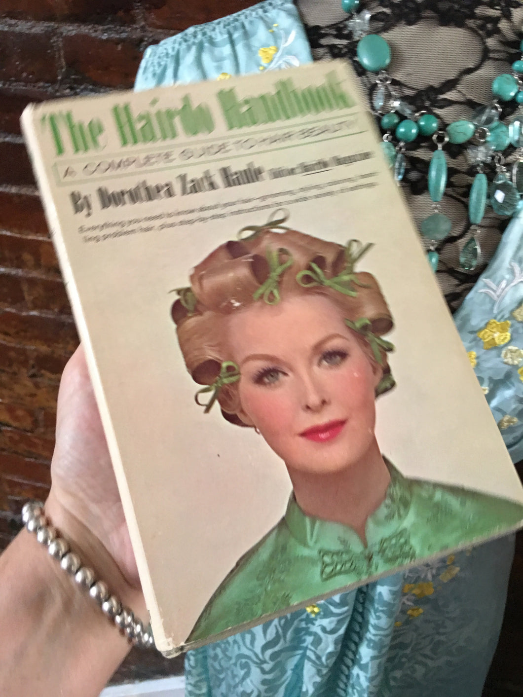 The Hairdoo Handbook- the complete guide to hair beauty, 1964, Dorothea Zack Hanle