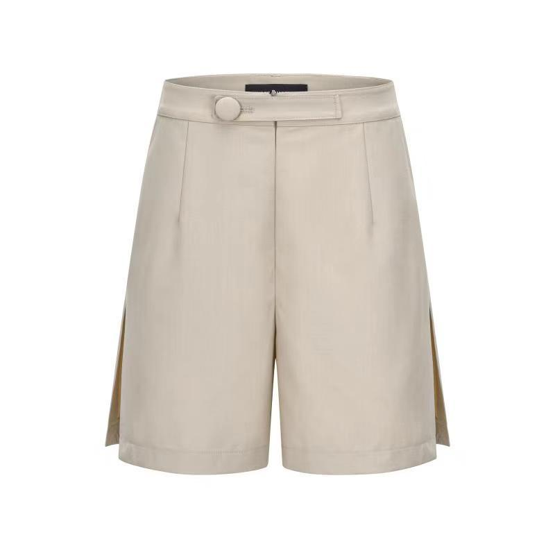 THREE QUARTERS Beige Side Slit Shorts | MADA IN CHINA