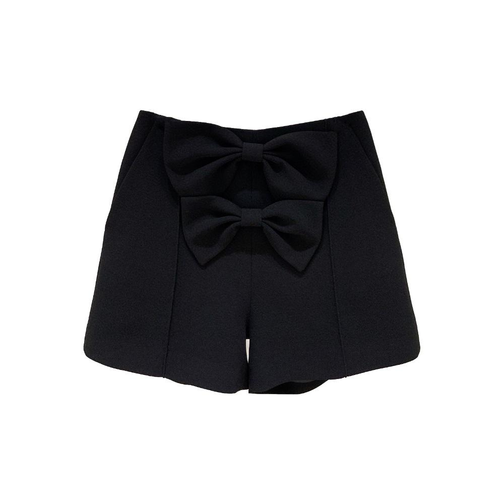 MASION.W Black Bowtie Shorts | MADA IN CHINA