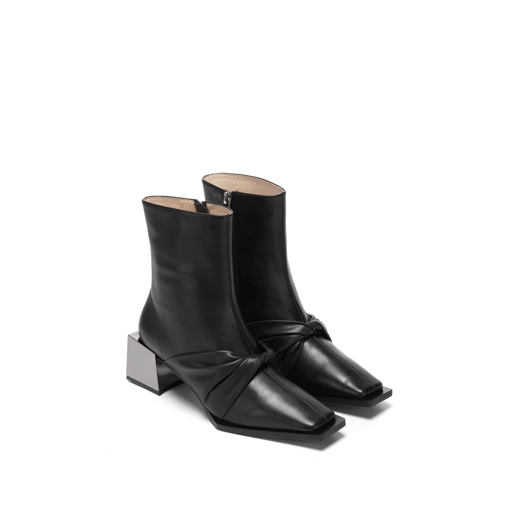 LOST IN ECHO Black Metal Toe Lambskin Boots | MADA IN CHINA