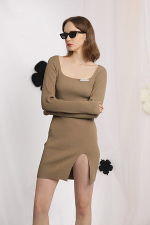 THREE QUARTERS Brown Square Neck Slit Dress | MADA IN CHINA