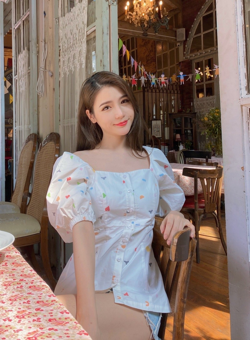 VIAS HERLIAN Candy Bubble Sleeve Shirt | MADA IN CHINA