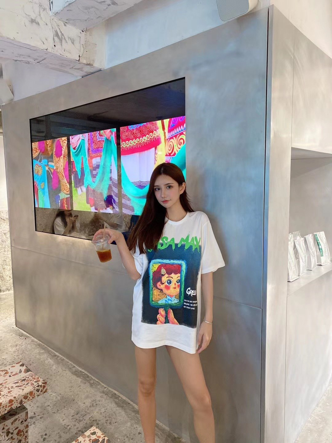 SASA MAX Classical Girl Tee | MADA IN CHINA