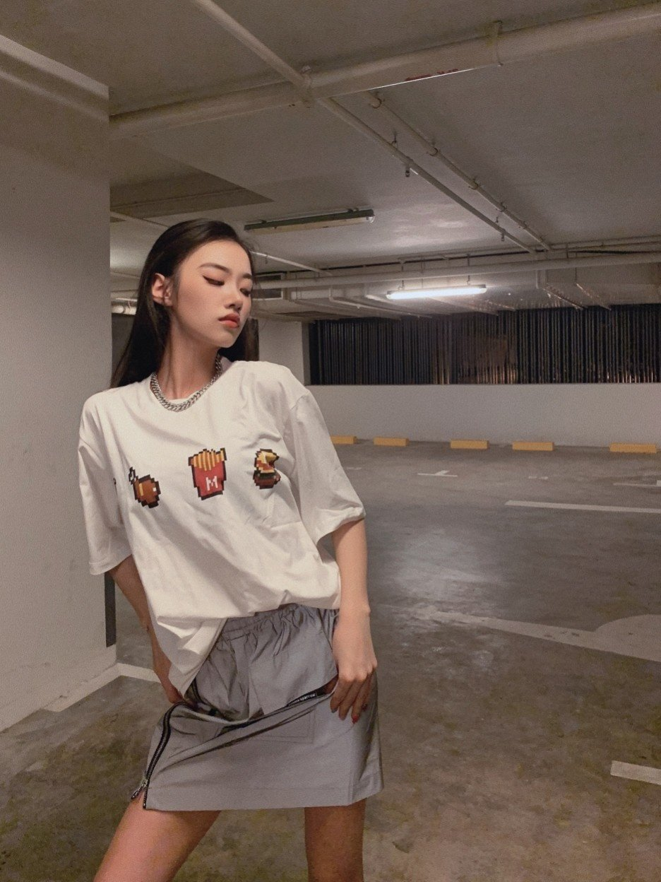 AIMME SPARROW Fast Food Tee | MADA IN CHINA