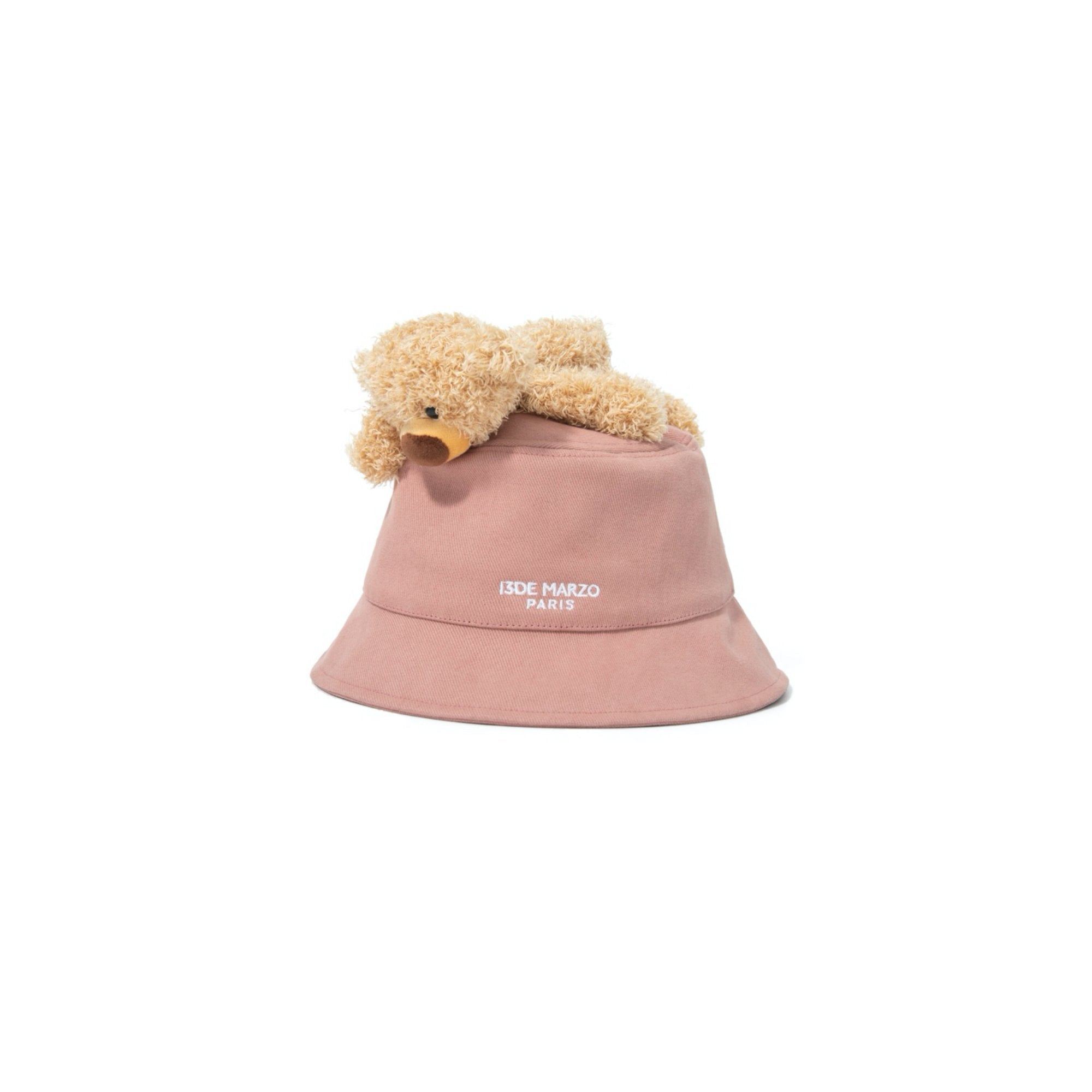 13 DE MARZO Lazy Teddy Bear Bucket Hat Coral Cloud | MADA IN CHINA