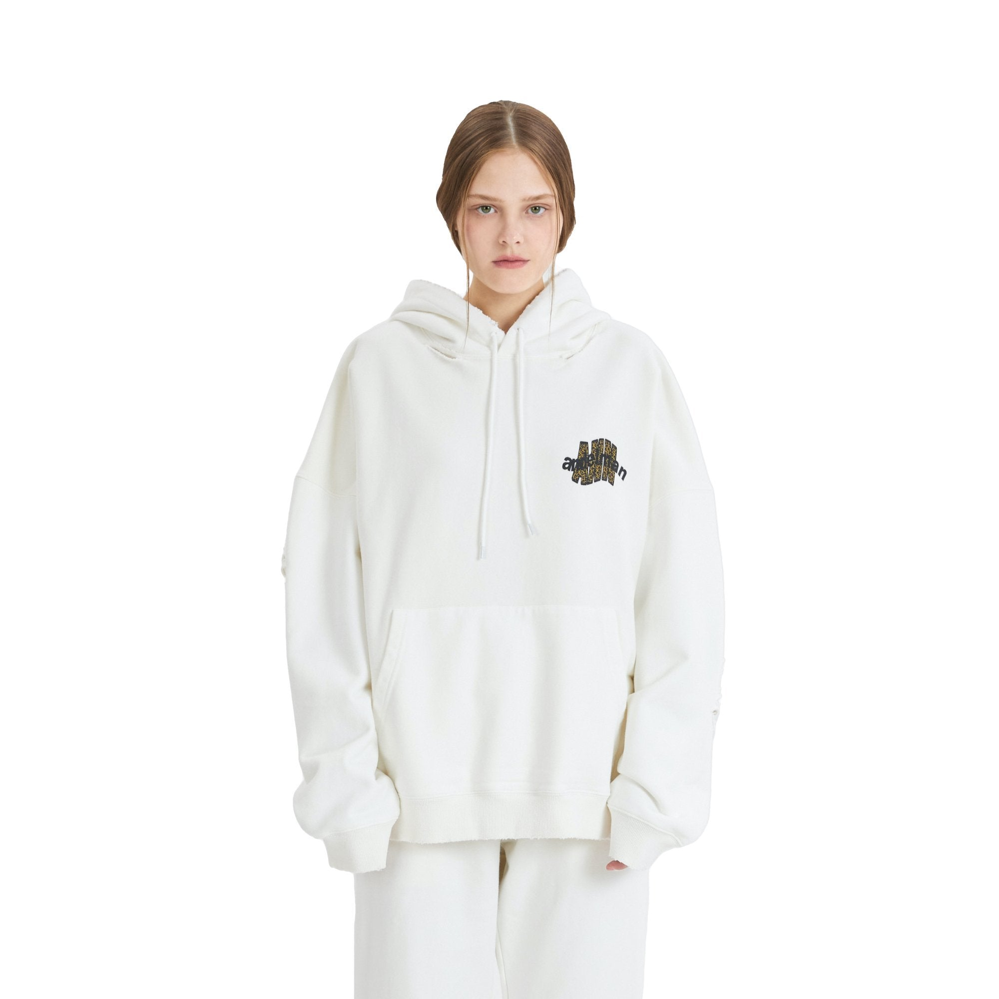 ANN ANDELMAN Leopard Logo Hoodie White | MADA IN CHINA