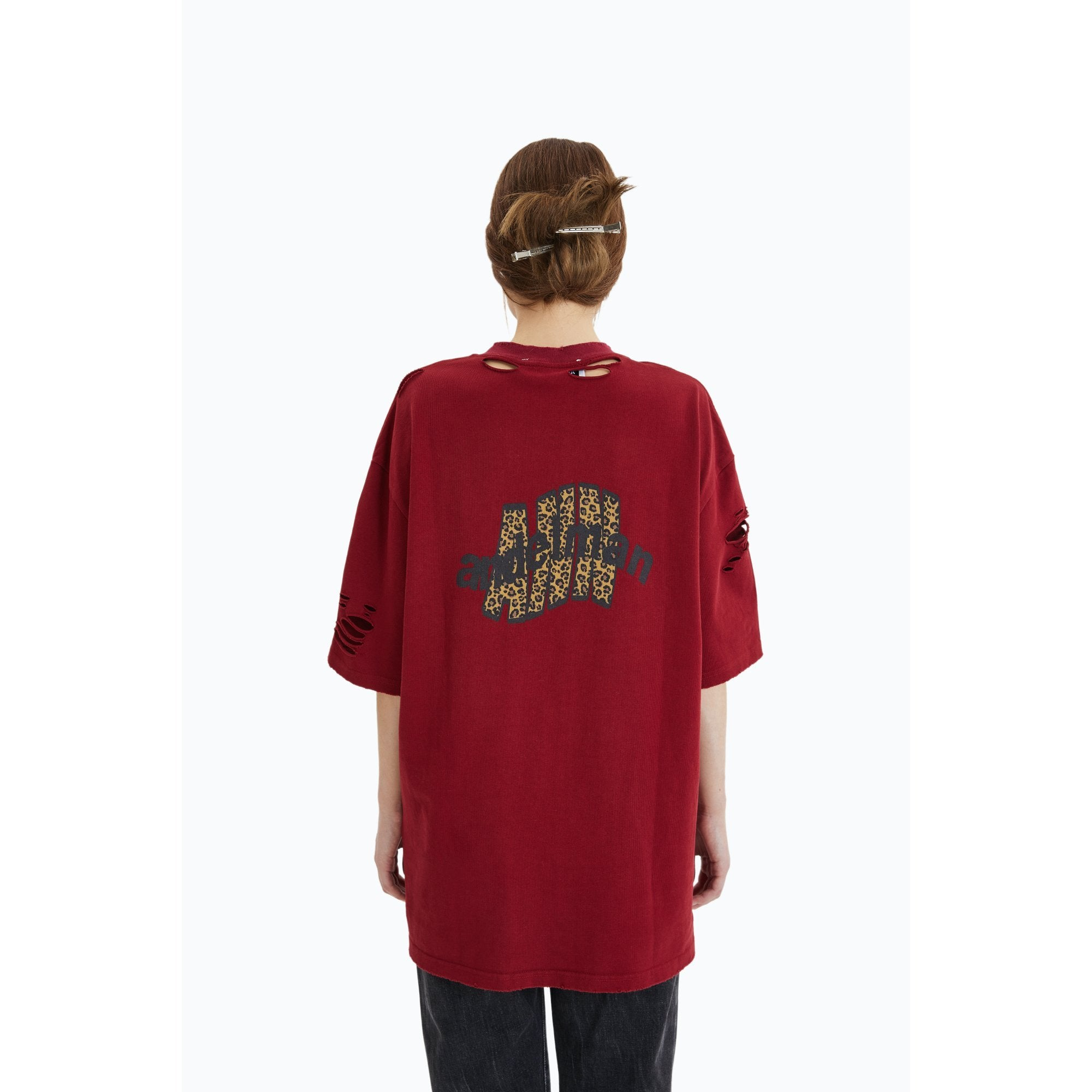 ANN ANDELMAN Leopard Logo Tee Red | MADA IN CHINA