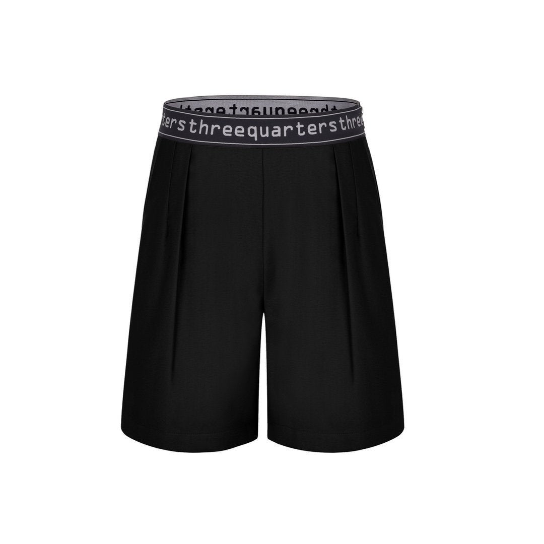 THREE QUARTERS Letter Logo Shorts Black | MADA IN CHINA