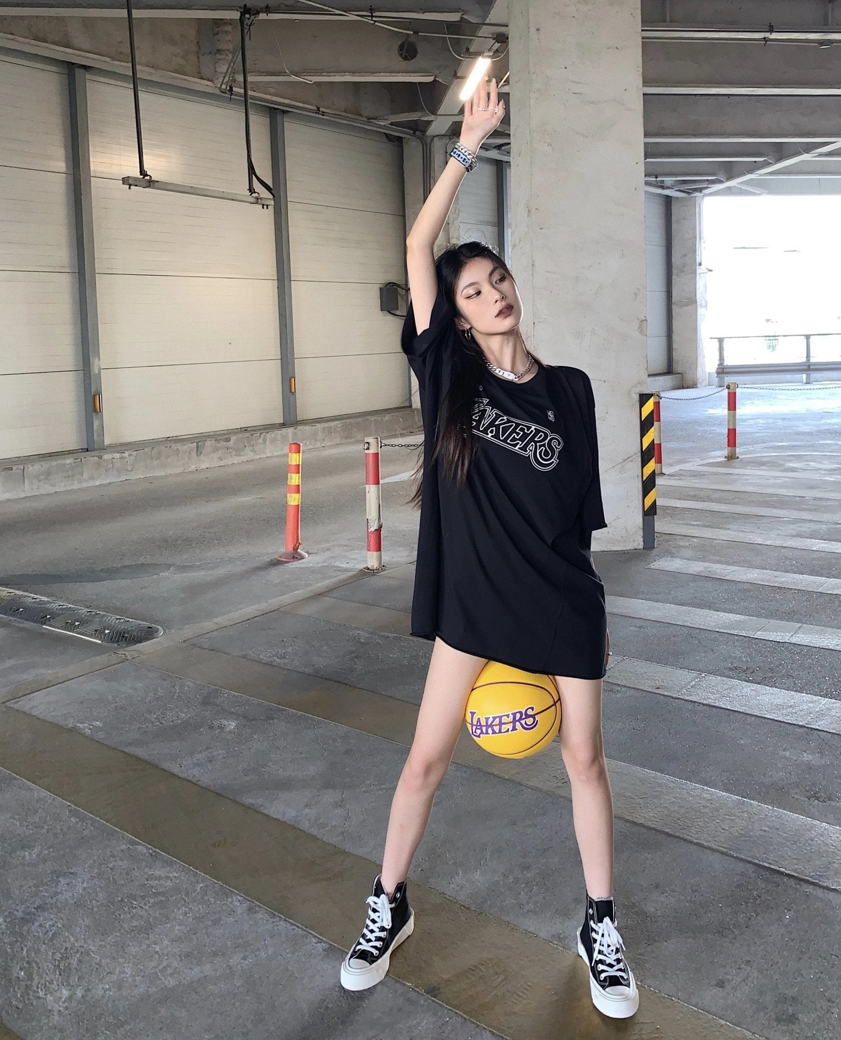 SMFK Los Angeles Lakers Oversized Tee | MADA IN CHINA