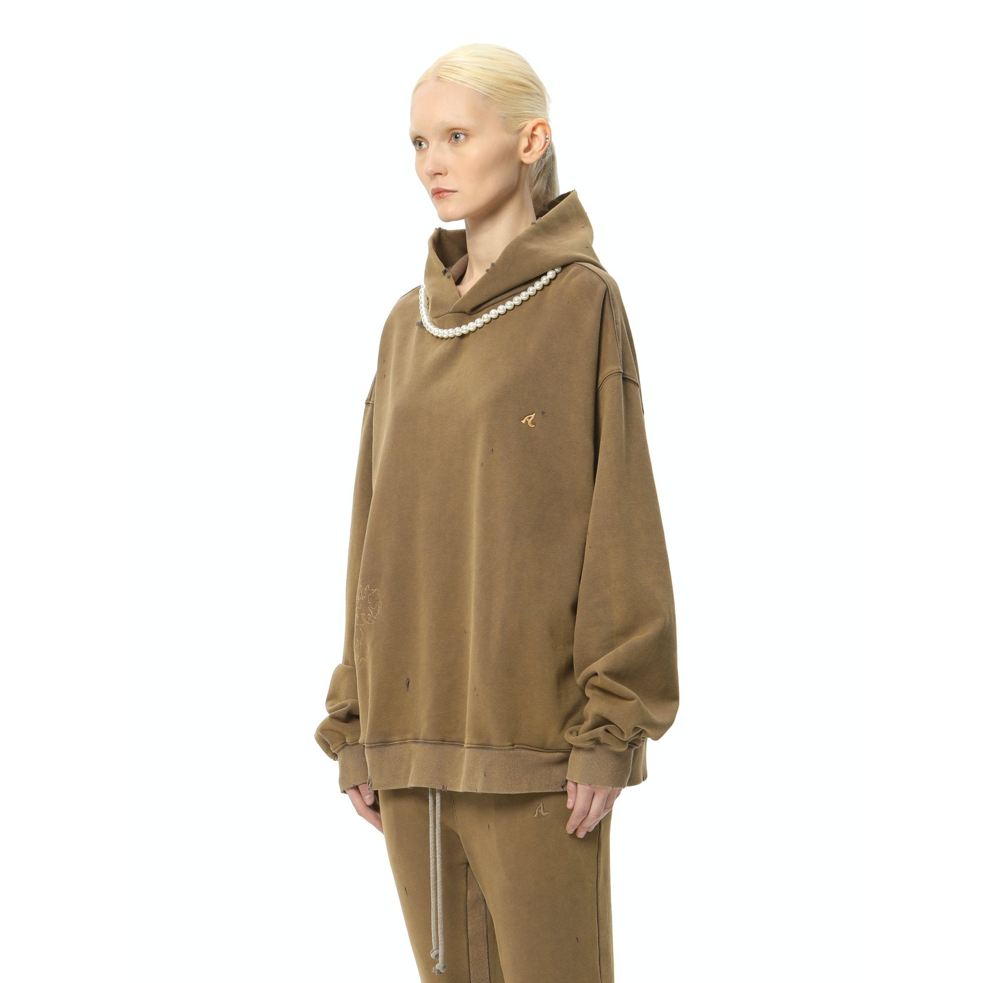 AIN'T SHY Pearl Necklace Hoodie Khaki Brown | MADA IN CHINA