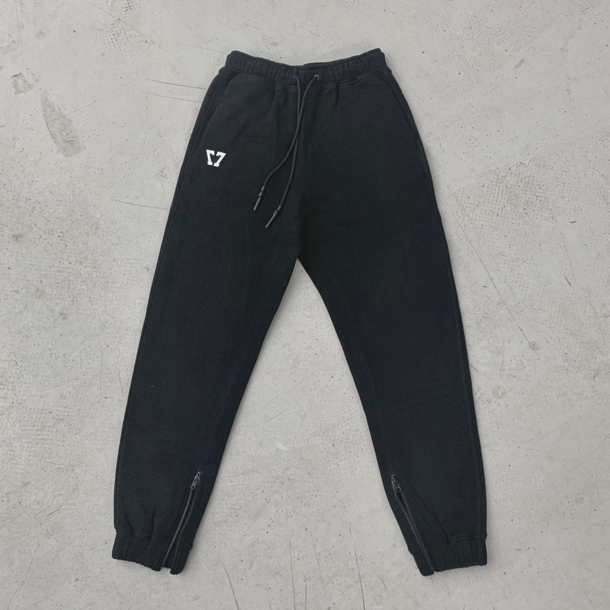 SMFK Phantom Jogger Black | MADA IN CHINA