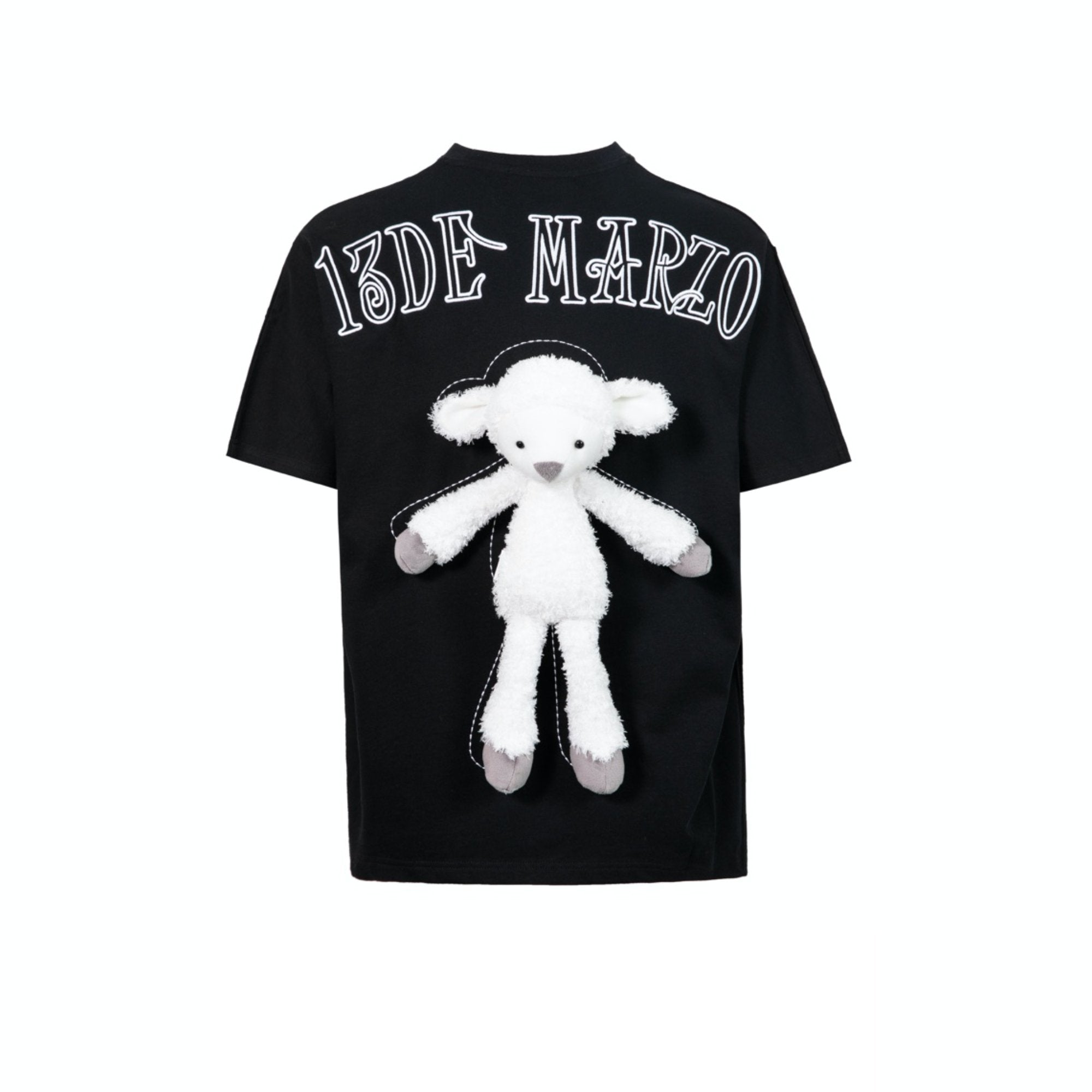 13 DE MARZO Plush Sheep Toy T-Shirt Black | MADA IN CHINA