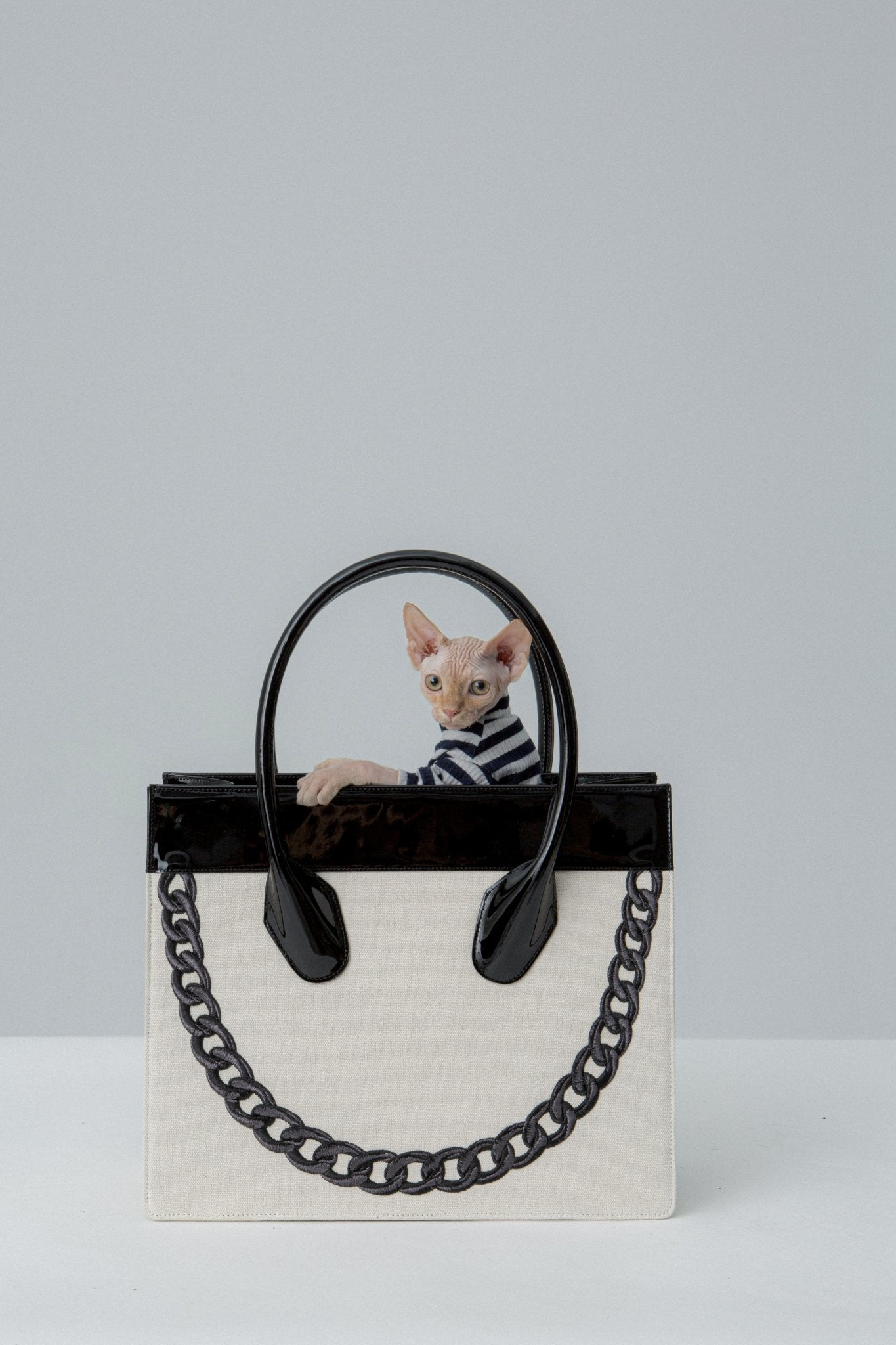 APEDE MOD Smiley Tote Black | MADA IN CHINA