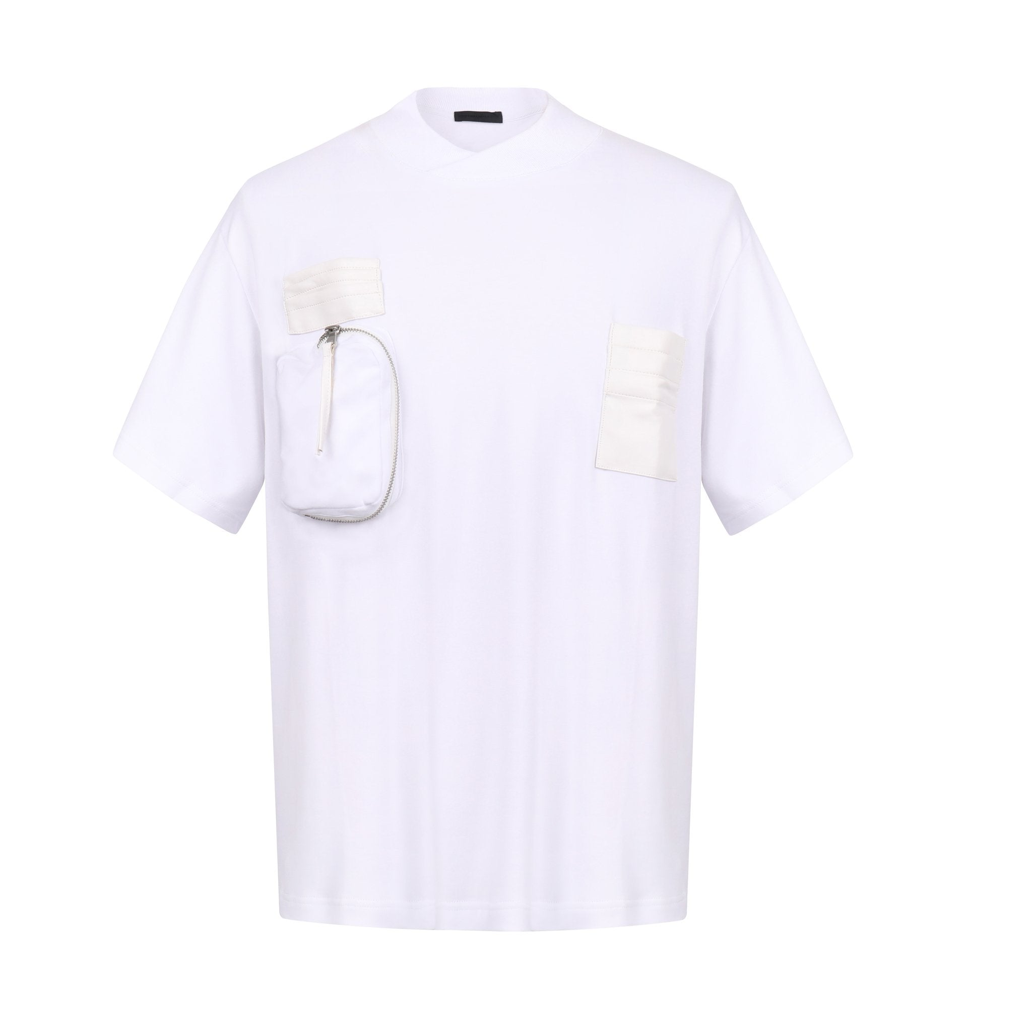 ONOFFON White Card Holder Tee | MADA IN CHINA